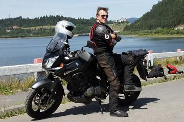 Grzegorz Stępień Suzuki V-Storm (fot. Tomek Kurdziel)