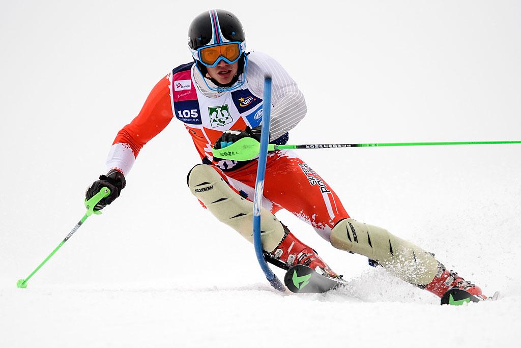 Dominik Białobrzycki jechał slalom wsposób nieosiągalny dla innych zawodników