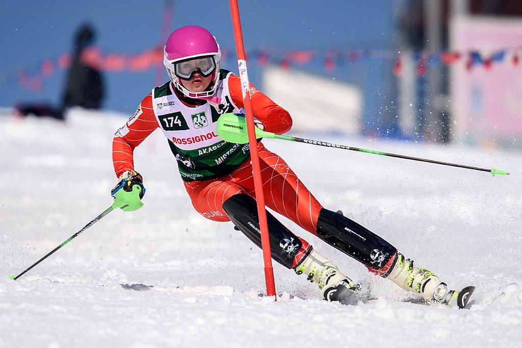 Magda Kłusak wswoim debiucie wAMP-ach sięgnęła podrugi medal. Tym razem wywalczyła brąz wslalomie.