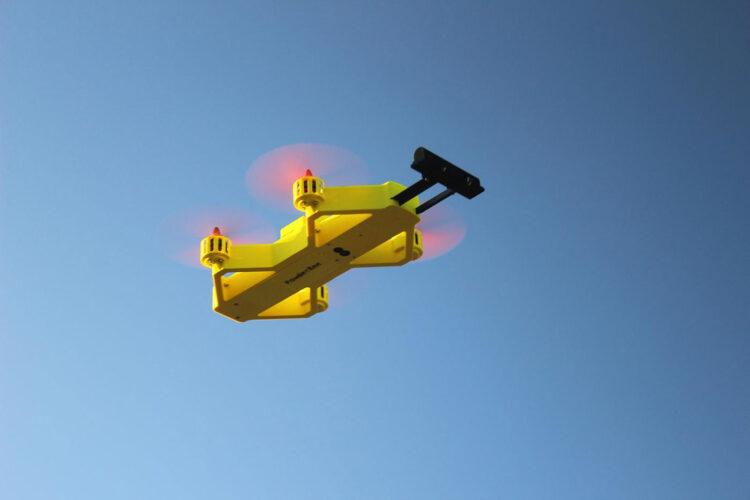 Bluebird Mountain Powder Bee – dron doposzukiwań lawinowych
